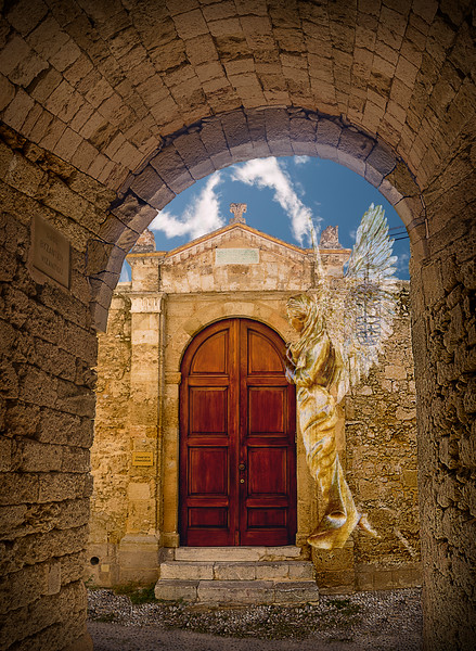 Golden Angel at the Byzantine Synagogue Door