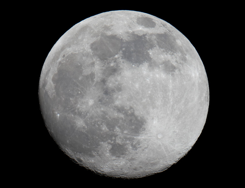 25th April 2021 (Waxing Gibbous 98%)