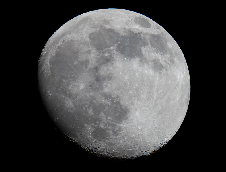 24th April 2021 (Waxing Gibbous 93%)