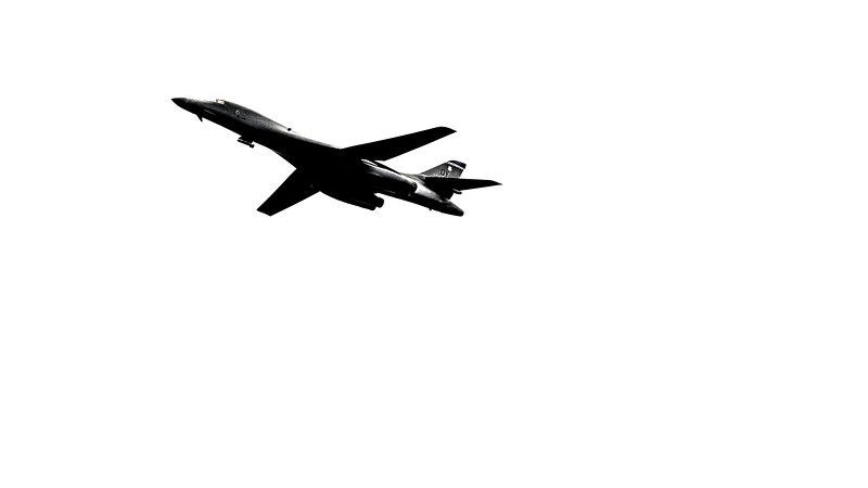 April 19, 2021: B-1 Lancer departs the Launch and Landing Facility at Kennedy Space Center.