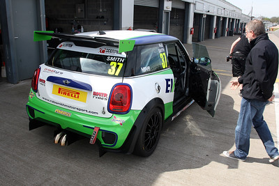 Rob Smith Donington Park  April 15th 2015 ©Paul Davies/Paul Davies Photography NO UNAUTHORISED USE