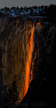 Sunset hitting the edge of Horsetail Falls in Yosemite National Park, creating the firefall look.