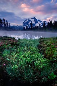 Sunrise @ Mount Shuksan, Washington  Shot with Digital