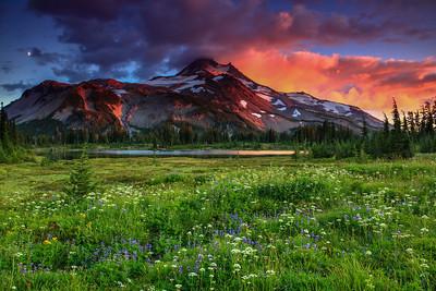 Sunset In Jefferson Park Mt. Jefferson Wilderness, Oregon