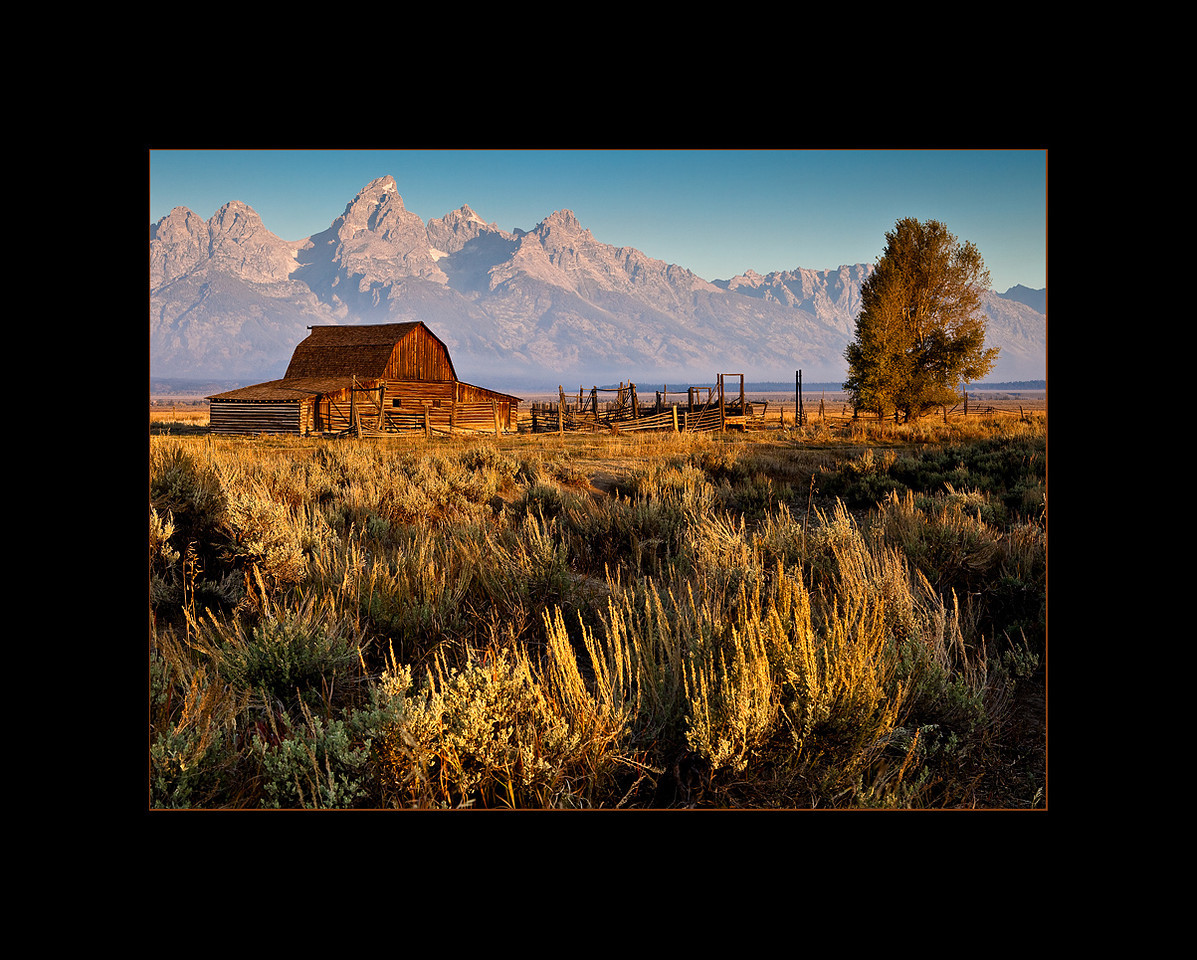 Mormon Barn at sunrise, Grand Teton National Park