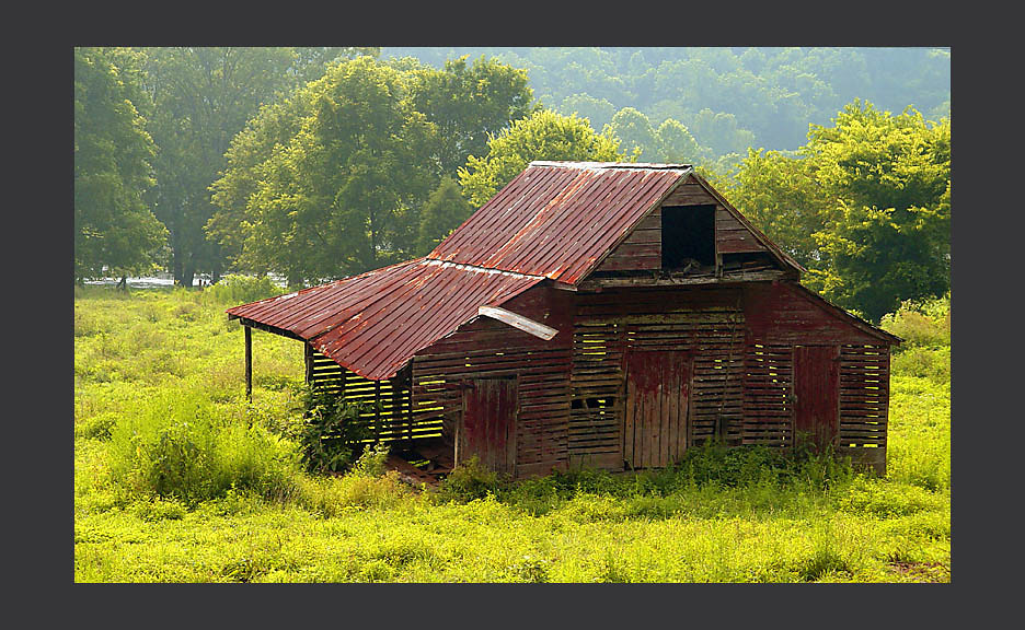Abandoned Barn Near James River State Park, Virginia