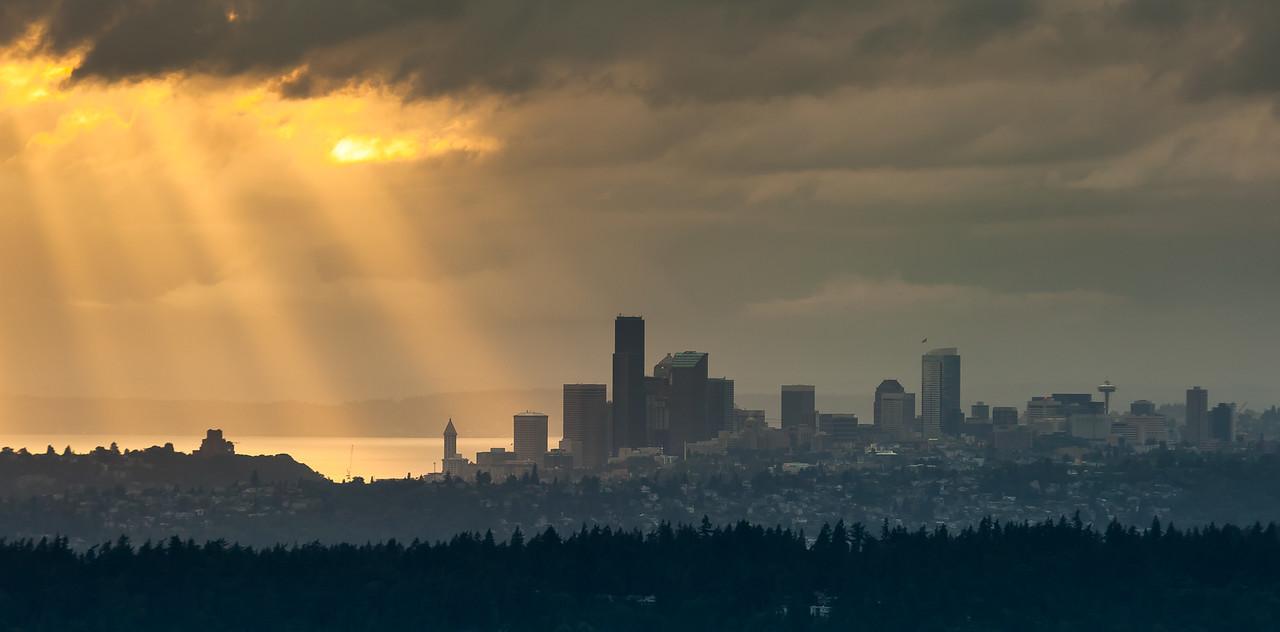 Seattle skyline at dusk.