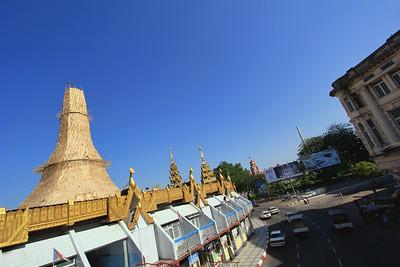 Sule Pagoda (Paya) Roundabout, Yangon