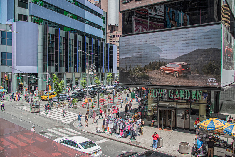 Broadway 47 St.jpg
