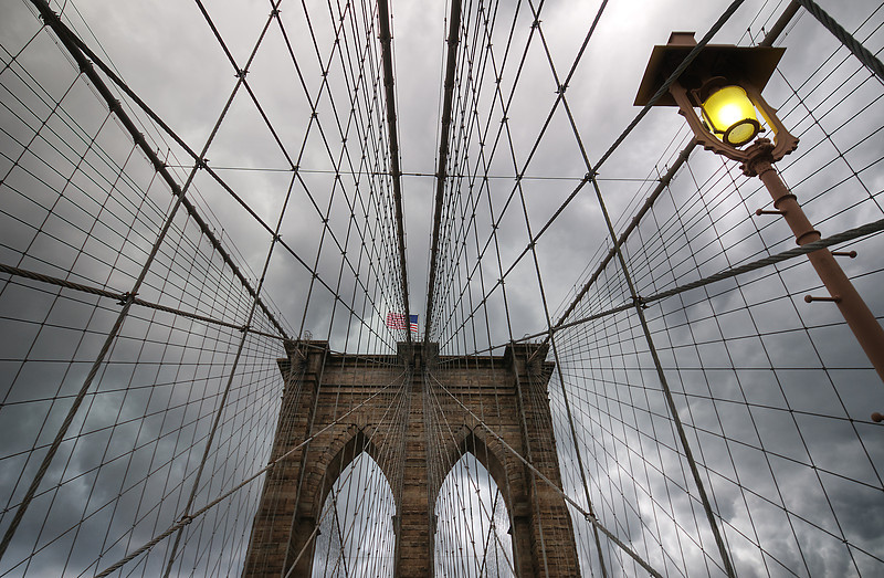 Brooklyn bridge iron web © Apostolos Zabakas
