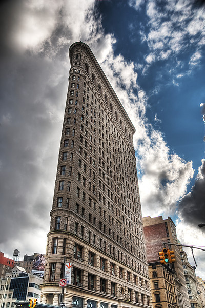 Flatiron building in 175 Fifth Ave © Apostolos Zabakas