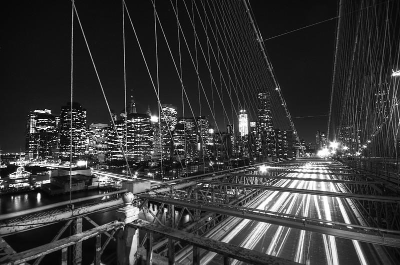 Brooklyn Bridge and Financial District at dusk<br /> © Apostolos Zabakas
