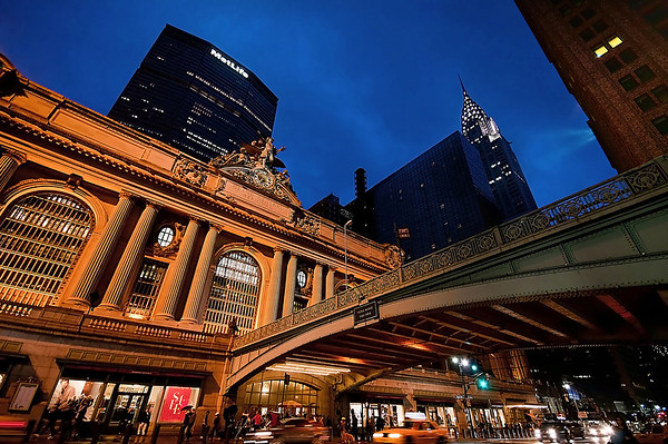 Grand Central Terminal 42nd Street and Park Avenue in Midtown Manhattan © Apostolos Zabakas