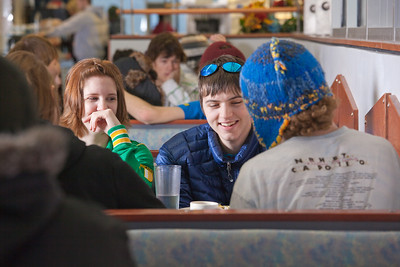 Students enjoy their lunch break in the Lola Tilly Commons.  Filename: LIF-11-3220-023.jpg