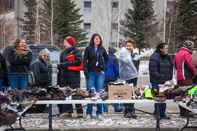 People brave the cold at the Really Free Market, May 18, 2013 on campus.  Filename: LIF-13-3844-5.jpg