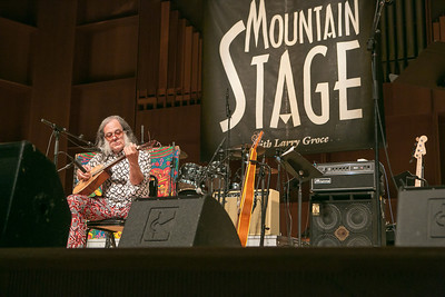 Singer/songwriter David Lindley entertained a packed house during one of two live recorded performances of the nationally broadcast radio show Mountain Stage in the Davis Concert Hall Aug. 17 and 18. The shows were sponsored by UAF Summer Sessions and KUAC-FM.  Filename: LIF-12-3502-404.jpg