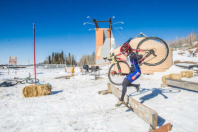 Photos from the inaugural cross country bicycle race during the 2013 Springfest on the Fairbanks campus.  Filename: LIF-13-3804-81.jpg