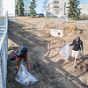 """Volunteers clean up campus during the 2016 SpringFest.  <div class=""""ss-paypal-button"""">Filename: LIF-16-4879-216.jpg</div><div class=""""ss-paypal-button-end""""></div>"""