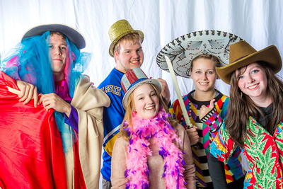 Students pose in the UAF Facebook photobooth during a back-to-school orientation party in the Wood Center.  Filename: LIF-12-3517-140.jpg