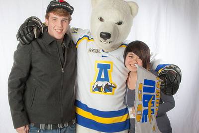 Future UAF students pose with the Nanook mascot during InsideOut.  Filename: LIF-12-3334-116.jpg