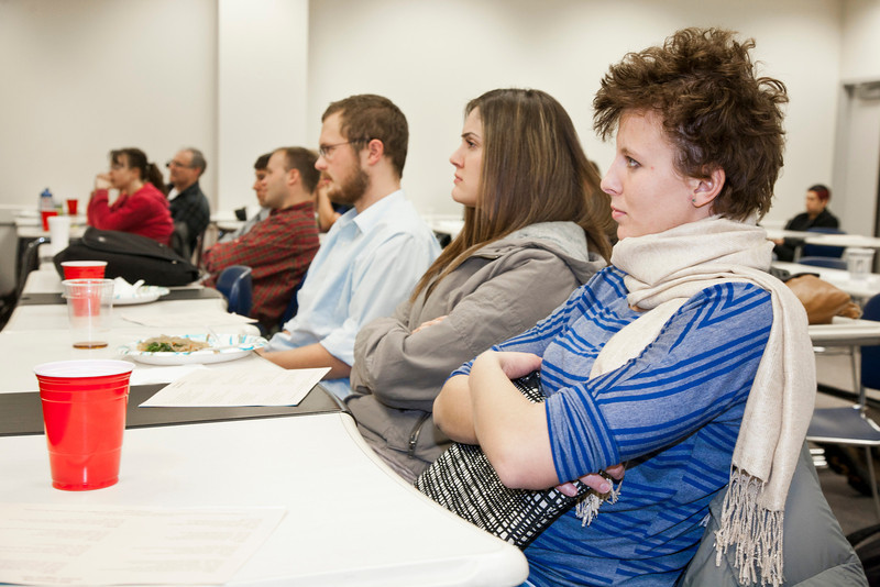 """Current and prospective accounting students attend the meet and greet hosted by Great Alaska Accounting People (GAAP), the student accounting club.  <div class=""""ss-paypal-button"""">Filename: LIF-11-3211-22.jpg</div><div class=""""ss-paypal-button-end"""" style=""""""""></div>"""
