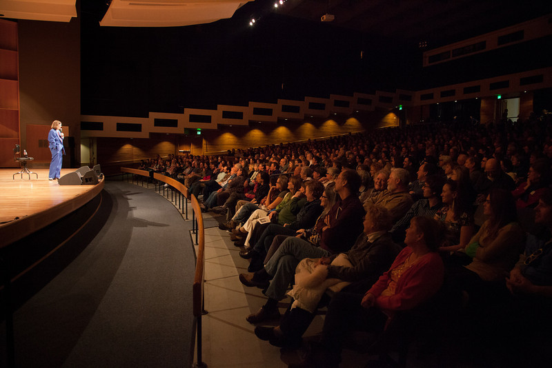 """Comedienne Paula Poundstone appeared before a full house in the Davis Concert Hall in March 2012.  <div class=""""ss-paypal-button"""">Filename: LIF-12-3323-024.jpg</div><div class=""""ss-paypal-button-end"""" style=""""""""></div>"""