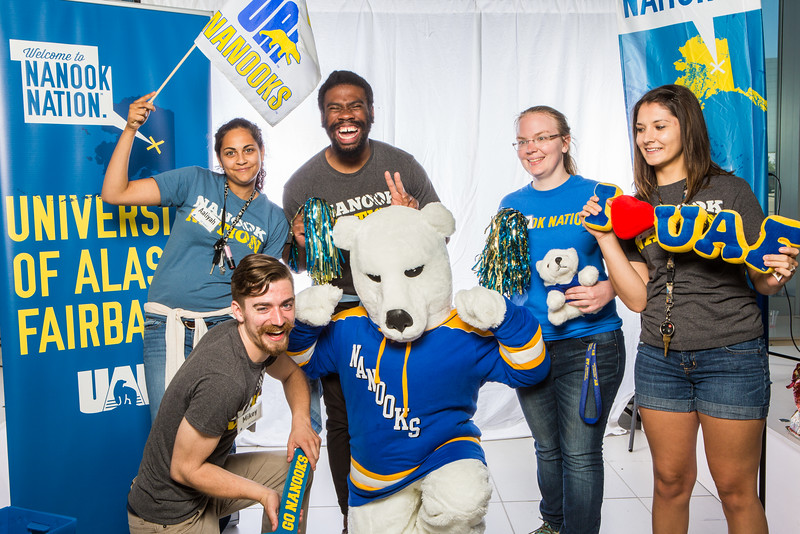 """UAF student ambassadors take a portrait during the summer 2016 Inside Out event hosted by the UAF's Office of Admissions and the Registrar.  <div class=""""ss-paypal-button"""">Filename: LIF-16-4926-71.jpg</div><div class=""""ss-paypal-button-end""""></div>"""