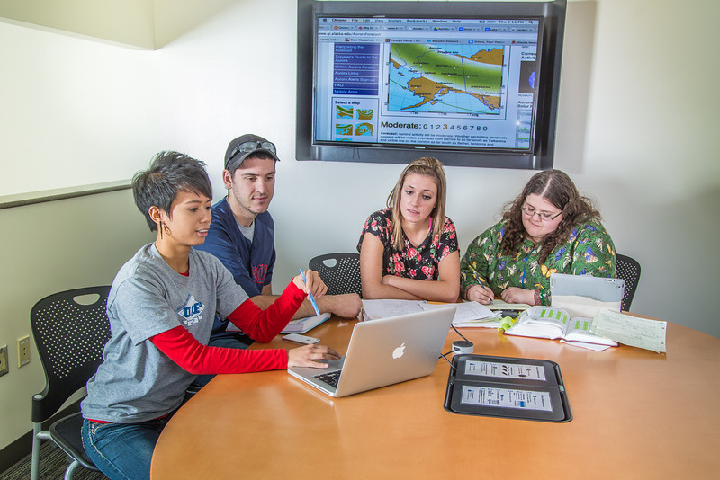 """Students mingle and study in the Nook computer lounge in the Bunnell Building on the Fairbanks campus.  <div class=""""ss-paypal-button"""">Filename: LIF-13-3987-116.jpg</div><div class=""""ss-paypal-button-end"""" style=""""""""></div>"""