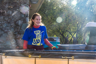 Returning students, staff and parents all pitch in to help new arrivals move into the residence halls during Rev It Up on the Fairbanks campus at the beginning of the fall 2015 semester.  Filename: LIF-15-4636-092.jpg
