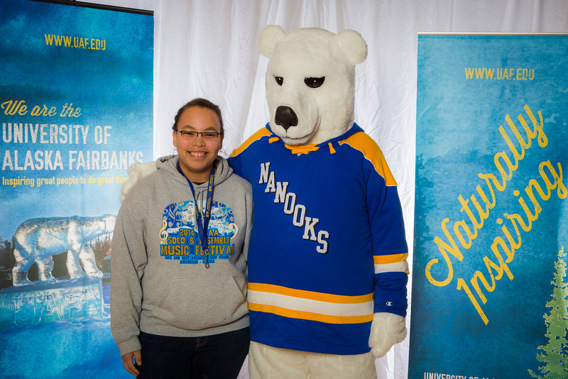 """Prospective students pose with the UAF mascot during the Fall 2015 Inside Out event hosted by UAF's office of admissions and the registrar.  <div class=""""ss-paypal-button"""">Filename: LIF-14-4353-49.jpg</div><div class=""""ss-paypal-button-end""""></div>"""