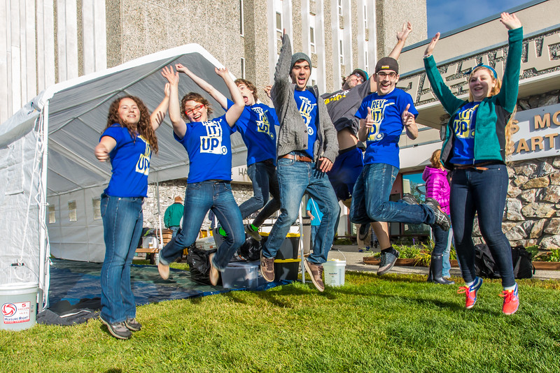 """Returning students, staff and parents all pitch in to help new arrivals move into the residence halls during Rev It Up on the Fairbanks campus at the beginning of the fall 2015 semester.  <div class=""""ss-paypal-button"""">Filename: LIF-15-4636-085.jpg</div><div class=""""ss-paypal-button-end""""></div>"""