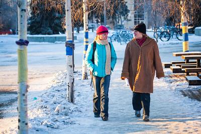 Nicole Warner, left, and Cece Missik walks around campus on a cold November afternoon.  Filename: LIF-12-3667-5.jpg