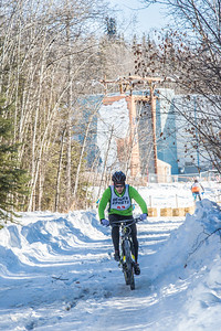 Photos from the inaugural cross country bicycle race during the 2013 Springfest on the Fairbanks campus.  Filename: LIF-13-3804-134.jpg