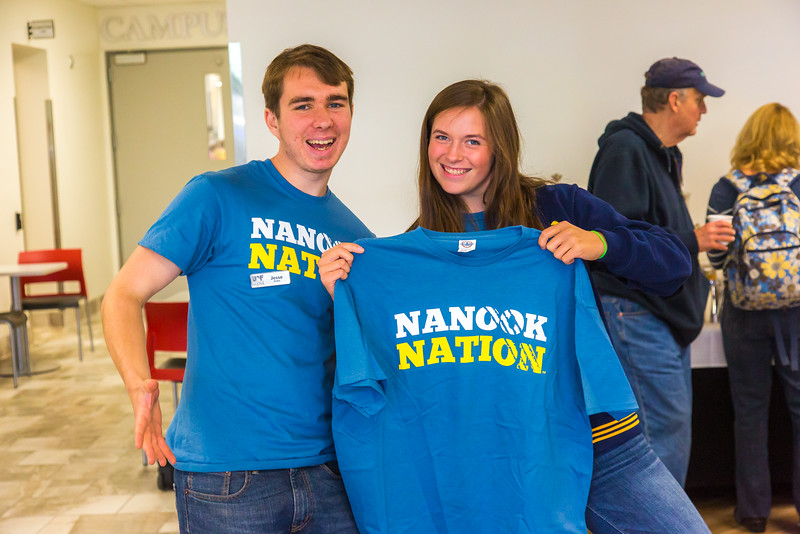 """Returning students, staff and parents all pitch in to help new arrivals move into the residence halls during Rev It Up on the Fairbanks campus at the beginning of the fall 2015 semester.  <div class=""""ss-paypal-button"""">Filename: LIF-15-4636-199.jpg</div><div class=""""ss-paypal-button-end""""></div>"""