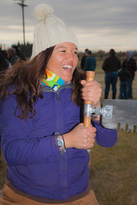 UAF Alumna Nina Schwinghammer participated in the 2011 Farthest North Forest Sports Festival hosted by the UAF School of Natural Resources & Agricultural Sciences.  Filename: LIF-11-3185-21.jpg