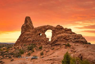 Turret Arch in Arches Nationla Park, Utah
