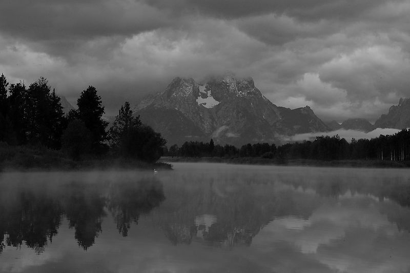 20040824_7634 mt moran at oxbow bend b&w