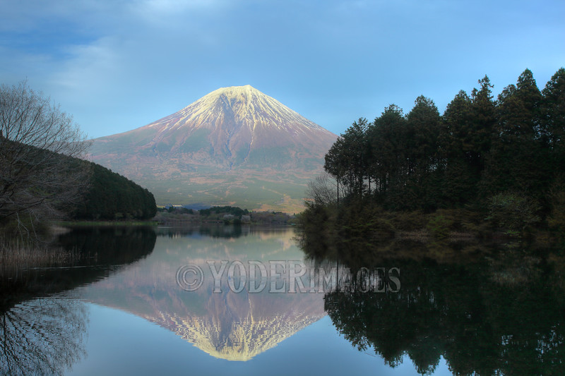 Mt. Fuji, Lake Tanuki, Japan