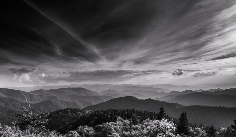 Black and White Ridges