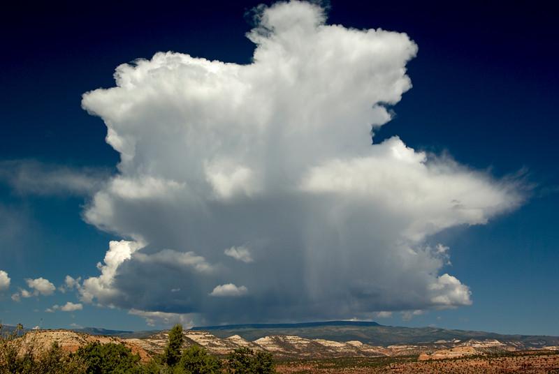 Storm approaching near Boulder, UT