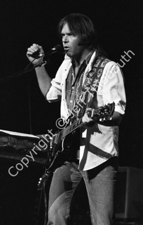 09-Neil Young-Great Woods-9-20-86
