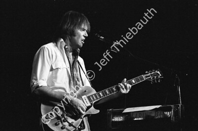 04-Neil Young-Great Woods-9-20-86