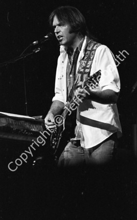 07-Neil Young-Great Woods-9-20-86