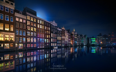 Amsterdam Windows Colors