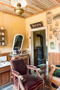 Elkhorn barber shop (interior)