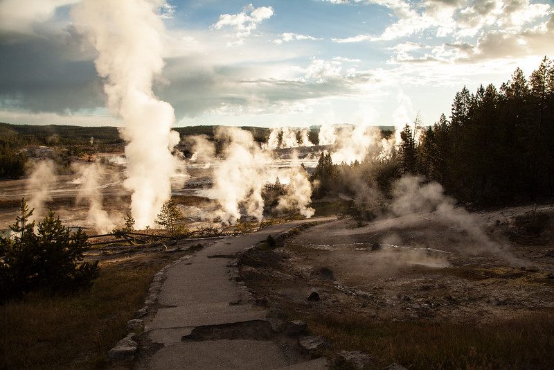 A morning of geysers