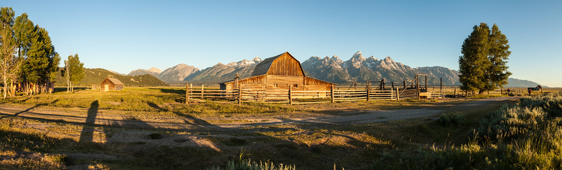 Panorama-Scenic-landscape-barn-at-dawn-Grand-Teton-National-Park-Wyoming-(c)-Bolio-Photography