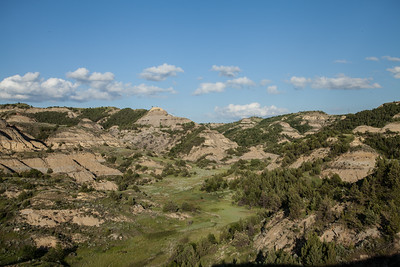 Landscape-of-the-badlands-Theodore-Roosevelt-National-Park-North-Dakota-(c)-Bolio-Photography