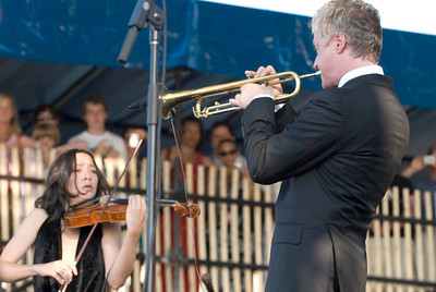Lucia Micarelli and Chris Botti - 2010 Newport Jazz Fest