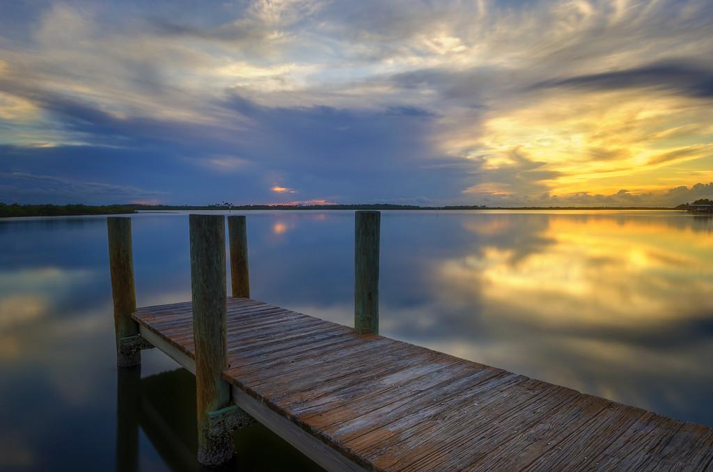 Reflecting Dock